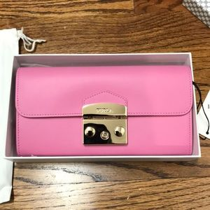 Furla Metropolis XL wallet on a chain in pink